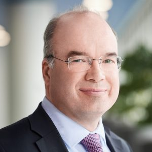 Dr. Thomas Becker